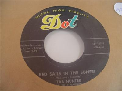 TAB HUNTER - YOUNG LOVE - DOT 15533 - { 1979